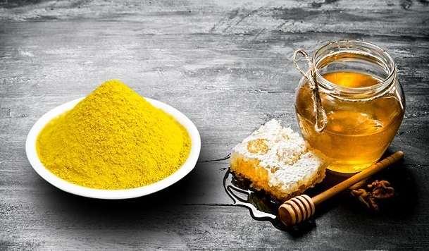 cách trị mụn bằng tinh bột nghệ mật ong